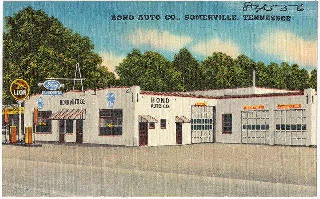 Lion Oil and Ford dealer, Somerville, Tennessee. Circa 1930-1945
